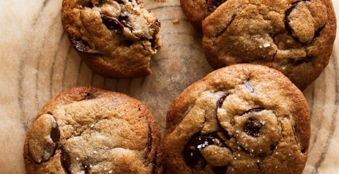 Tahin cookies med chokolade