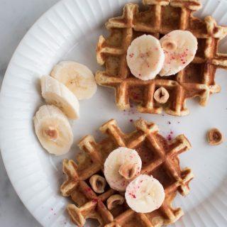 Havregrødsvafler med kanel og banan