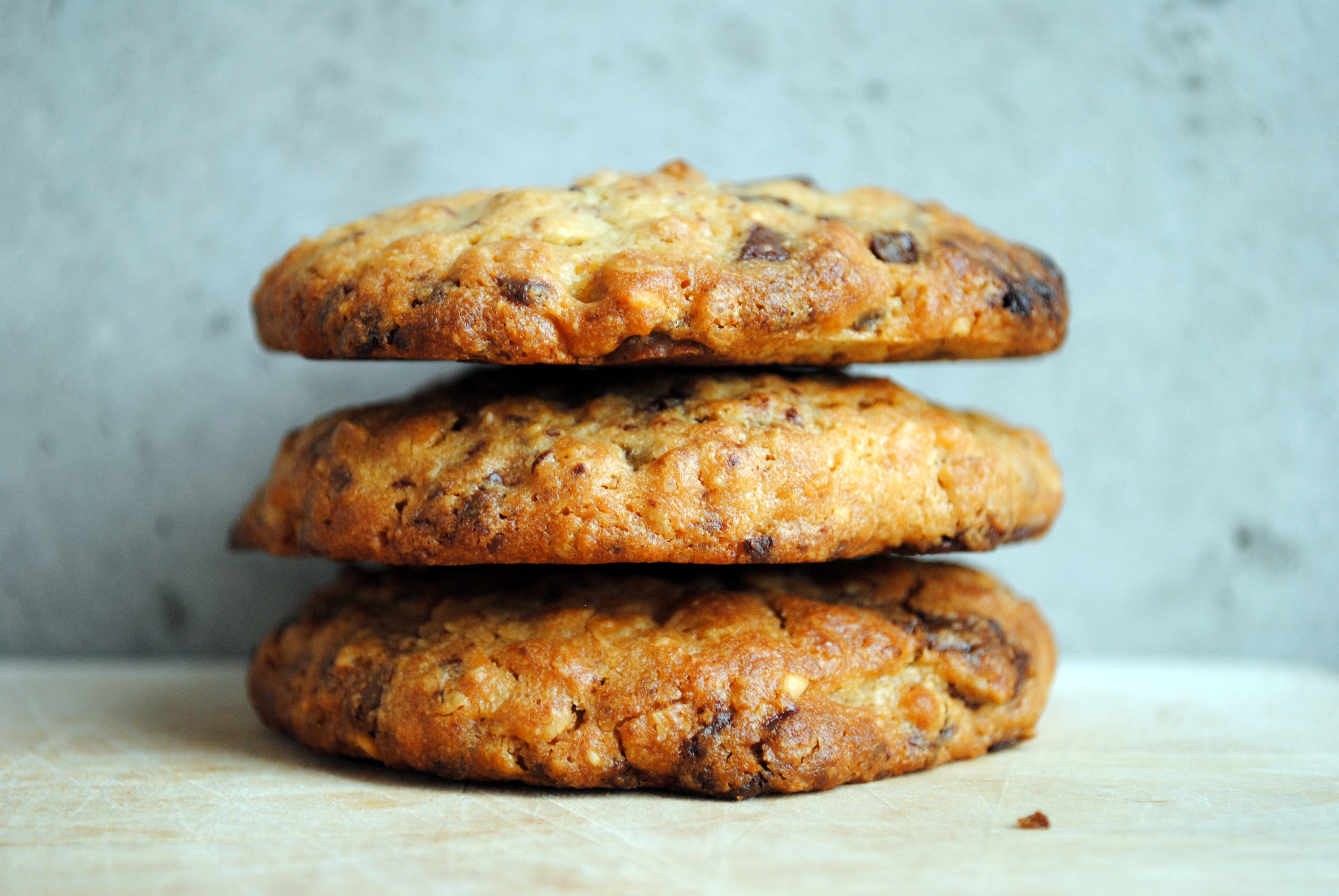Peanut butter cookies with milk chocolate and dark chocolate