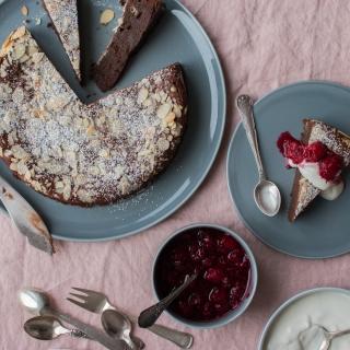 Laber chokoladekage med marcipan