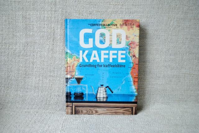 """Vind """"God Kaffe – grundbog for kaffeelskere"""" samt fire kaffer fra The Coffee Collective"""