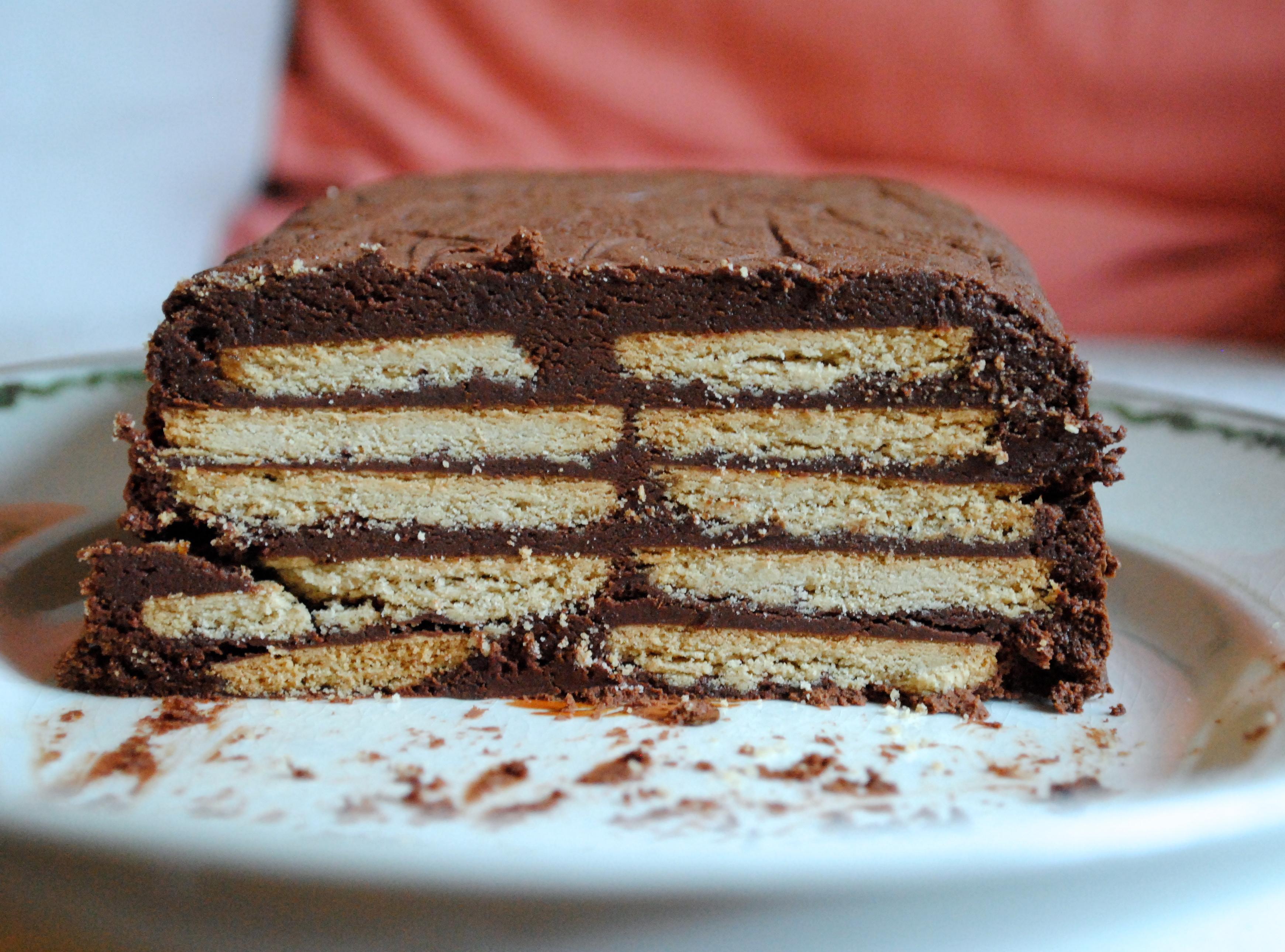 Silles chokoladefyldte kiksekage
