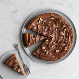 Glutenfri hvid chokolade kage med ristede hasselnødder