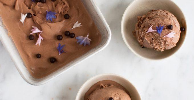 Chokoladeis med rom