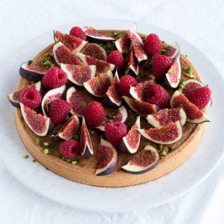 Fabelagtig tærte med friske figner, frangipane og hindbær