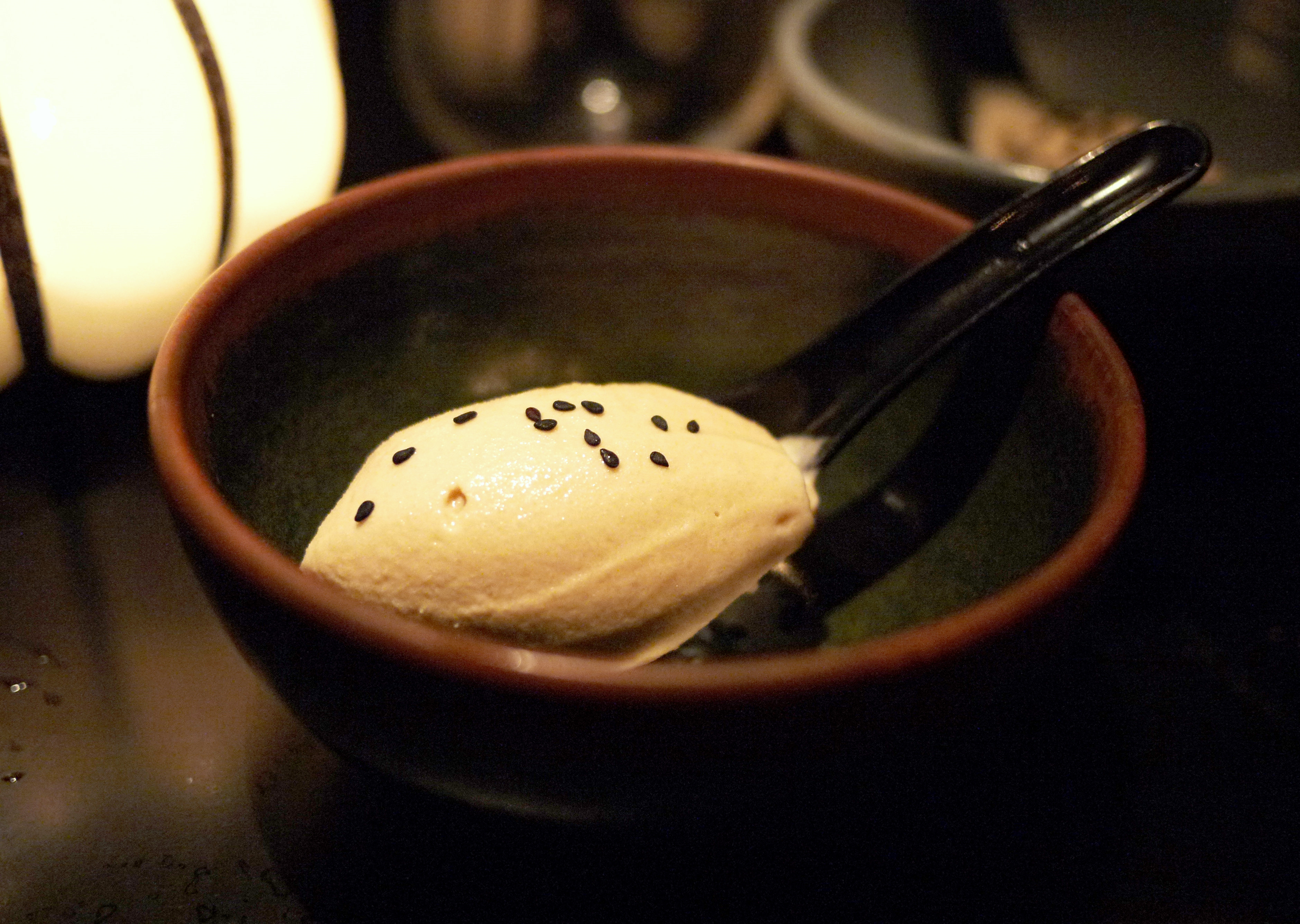 Saltet kokosis (drømmekage-is) på Chai Wong