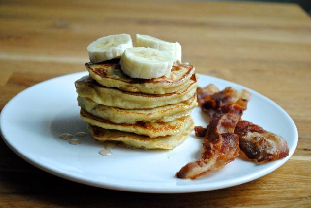 Banana pancakes and bacon (det skal siges på engelsk!)