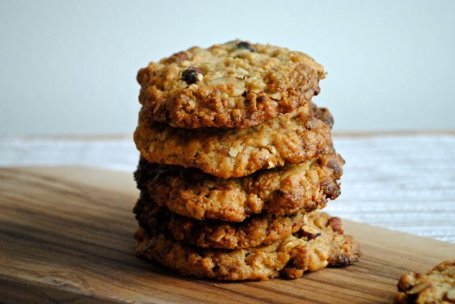 Cookies with Dulcey and hazelnuts
