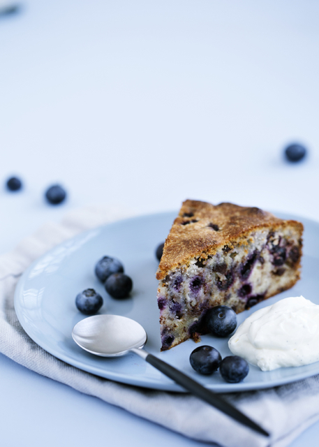 Marzipan cake with blueberries and chocolate