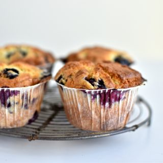 Blueberry muffins with lemon