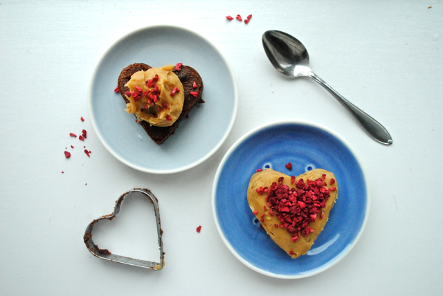 Chokoladeballade-hjerter med Dulcey ganache